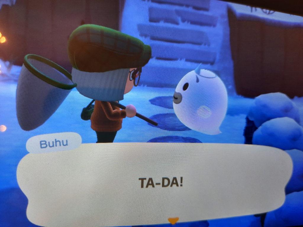 """Animal-Crossing-Screenshot mit meiner Spielfigur und einem Geist, der """"Ta-da!"""" sagt."""